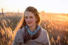 Eliza Blue in field